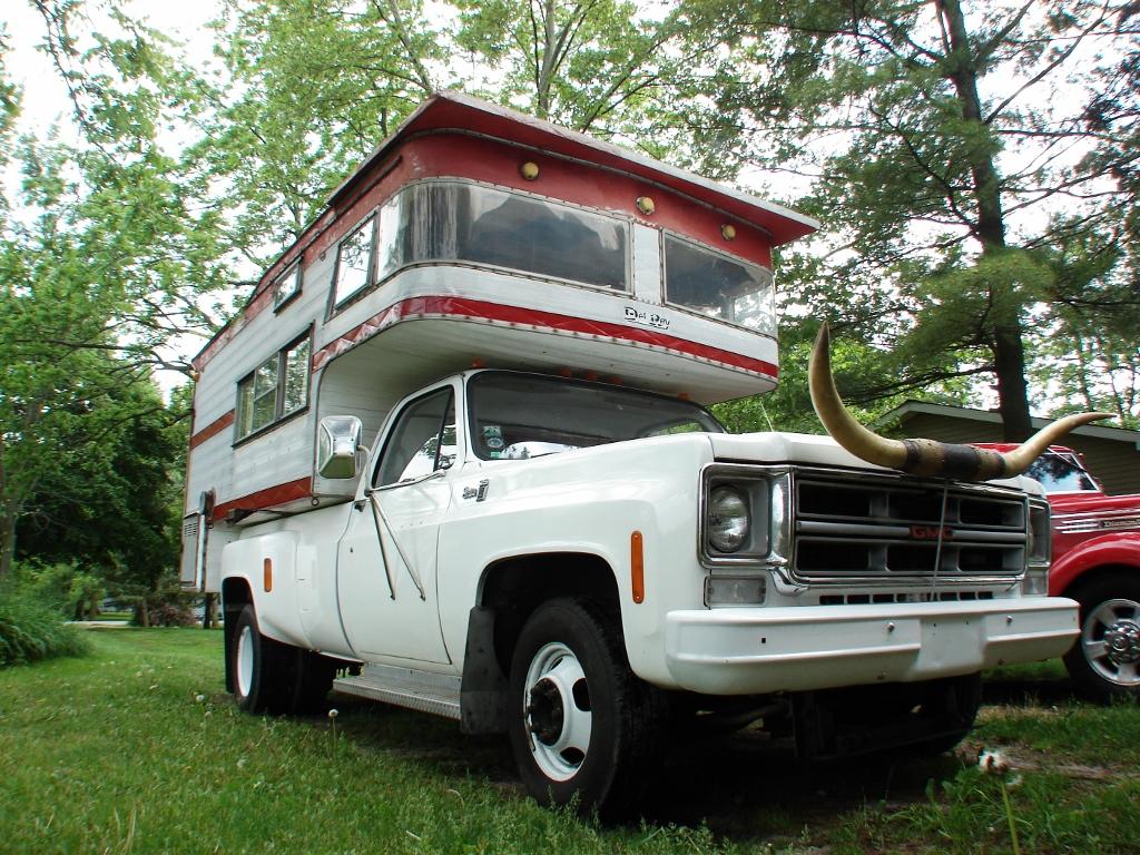 Truck camper   Cool McCool's Garage