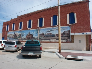 One of the many murals along the way.