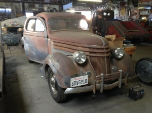 Another cool project, here a '36 three window.