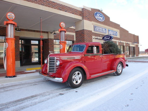 Santa prefers that Good Gulf Gasoline.  Ethyl, please.