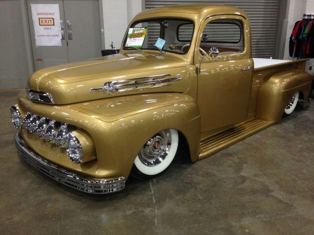 Old trucks.  I like them too...