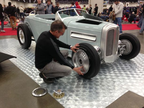 "My good friend Crafty B putting the wheel spats on his outstanding ""Crafty B '32"""